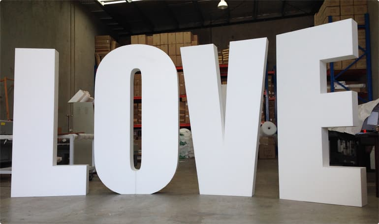 big love 3d lettering