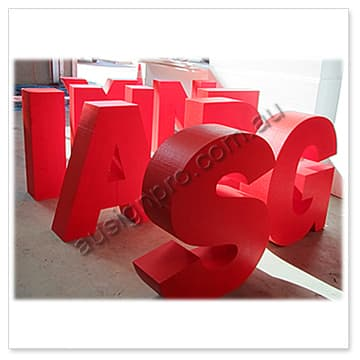 painted-free-stand-3d-letters